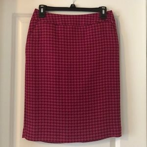 Merona Magenta houndstooth pencil skirt